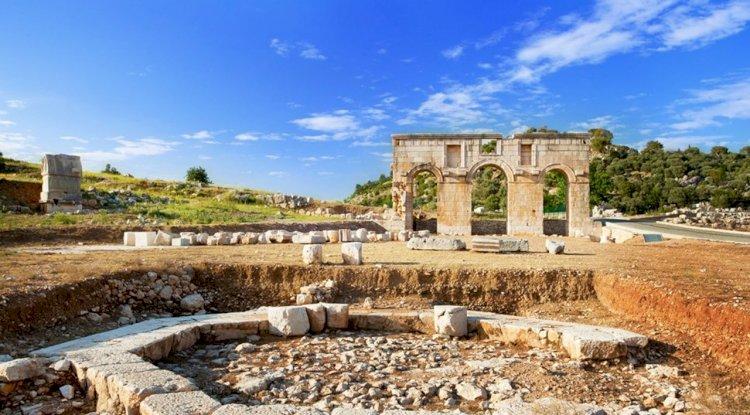 Patara Antik Kenti Giriş Kapısı - Antik Kemer-  Anıt Mezarı 2