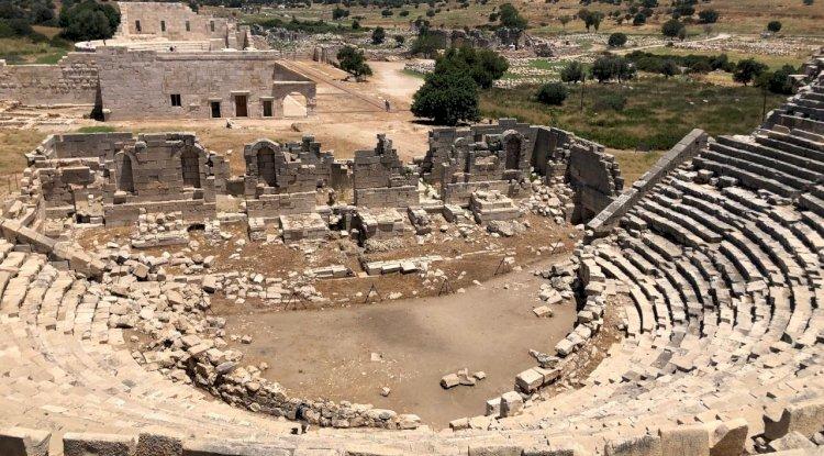 Patara Antik Tiyatrosu - Patara Antik Tiyatro Tepeden Görüntü