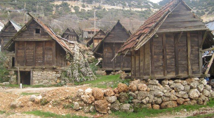 Kaş Gökçeören Köyü Tarihi Buğday Ambarları