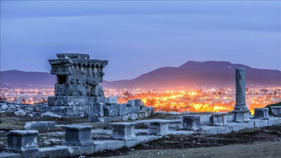 Kınık Tarihçesi - Xanthos Antik Şehri - Kaya Mezar