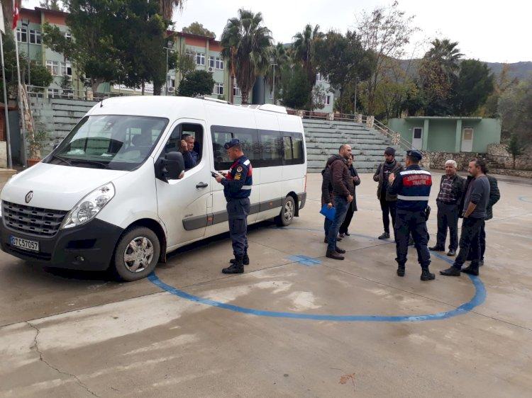 Kaş Jandarma Trafik Timleri Denetlemelerde Bulundu